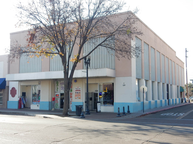 125-127 N. Main Street   Porterville, CA