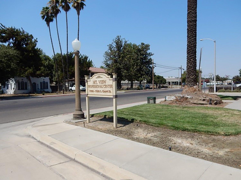 1920 S Court St | Visalia, CA